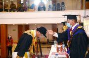 Perdana Sejak 2014, ISBI Tanah Papua Akhirnya Bisa Wisuda 19 Mahasiswa