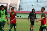 Jaga Motivasi Pemain Persebaya, Aji Sesuaikan Level Latihan