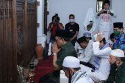 Ziarah ke Makam Sultan Maulana Hasanuddin, Gus Jazil Doakan Keselamatan Bangsa