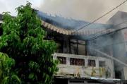 1 Unit Ruko di Pasar Lorong Tiga Muntok Ludes Terbakar