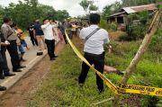 Geger, Warga Desa Teluk Bakung Temukan Mayat Pria di Pinggir Jalan