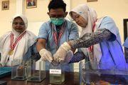 Sulap Kecubung Jadi Obat Bius, Siswa MAN 1 Gresik Juarai Ajang Internasional