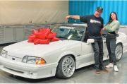 Ken Block Hadiahkan Mobil Vanilla Ice Buat Anak