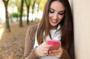 10 Cara Jitu Memulai Percakapan Seru dengan Gebetan