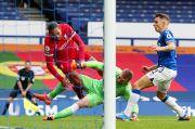 Virgil van Dijk Cedera, Liverpool Ditahan Imbang Everton