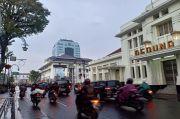 Siang-Sore Hujan Sedang Guyur Bandung Raya, Dini Hari Hujan Lokal
