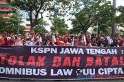 11 Buruh Demo Tolak UU Ciptaker di Semarang Positif COVID-19 Berstatus OTG
