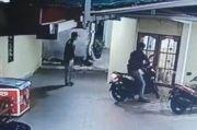 Nekat Sikat Motor, Pelaku Curanmor di Palembang Terekam CCTV