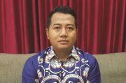 Setahun Pertama Jokowi Melawan Arus