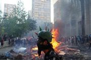 Demo Besar di Chile, Gereja-gereja Dibakar