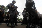 Demo Buruh dan Mahasiswa, Ribuan Personel Gabungan Jaga Perbatasan Jaksel