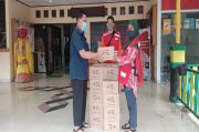 Cegah Corona, PMI Bagikan Sabun Antiseptik di Jakbar