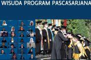 Dihadapan 3.011 Wisudawan Pascasarjana, Ini Satu-satunya Harapan Rektor UGM