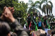 Didemo Ribuan Buruh, Bima Arya Janji Sampaikan Penolakan UU Cipta Kerja