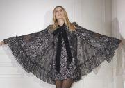 Koleksi Kejutan H&M dan Desainer Inggris Susie Cave