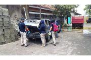 Sadis, Wanita Tewas Dibakar Dalam Mobil Sempat Dihantam Linggis