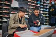 Bobby Unboxing Sneaker Keren, Sepatu Rasa Ayam Goreng