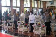 Wali Kota Risma: Mari Kita Bergandengan Tangan Jaga Surabaya
