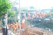 Antisipasi Banjir, Ratusan Petugas Keruk Lumpur dan Sampah Kali Cakung Lama