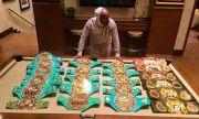Mayweather Kecam WBC, WBA, IBF, WBO Keruk Untung dari Sabuk Juara