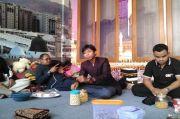 Tengah Malam Gus Nur Dijemput Puluhan Polisi dari Mabes Polri