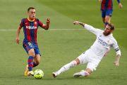 Koeman Kecam Keputusan Wasit Usai Barcelona Dihajar Real Madrid