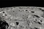 Pertama Kalinya NASA Temukan Air di Permukaan Bulan yang Diterangi Matahari