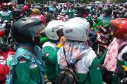 Demonstran Mulai Bergerak, Jalur Sidoarjo-Surabaya Macet