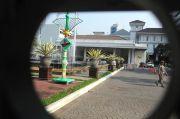 Heboh, Wanita Paruh Baya Bawa Bensin Ingin Bakar Gedung Balai Kota DKI Jakarta