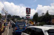 Jalur Puncak Hari Ini Padat, Polisi Berlakukan One Way Menuju Jakarta