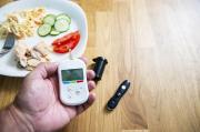 Agar Gula Darah tak Naik saat Liburan, Diabetesi Ikuti Tips ini!