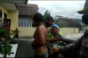 Tertangkap Jambret Ponsel, Pria di Tasikmalaya Dihajar Massa