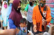 Warung Sedekah Makanan-Sembako di Pinggir Jalan Diserbu Warga