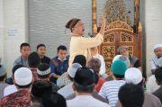 Dik Doank dkk Berbagi Pengalaman di Rutan Klas 1 Makassar