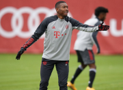 David Alaba-Bayern Munchen Kini di Persimpangan Jalan