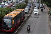 Buruh Demo di Kawasan Medan Merdeka Barat, Transjakarta Ubah Sejumlah Rute