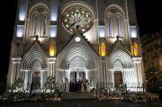 Umat Paroki Berkumpul di Luar Gereja Nice usai Serangan Tewaskan 3 Orang
