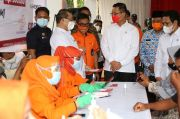 Dua Menteri dan Dirut PT Pos Tinjau Penyaluran Bansos Tunai di Subang