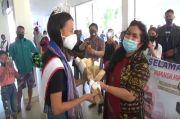 Tiba di Kupang, Runner Up Putri Remaja Indonesia 2020 Disambut Antusias Warga