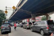Kemacetan di Jalan DI Panjaitan Jaktim Akibat Proyek Sodetan