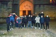 Ngeri dengan Serangan Mematikan, Muslim Prancis Lindungi Gereja