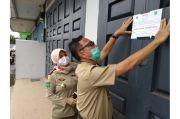 Abaikan Protokol Kesehatan, Tempat Sablon di Jakarta Barat Didatangi Satgas Covid-19