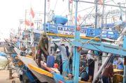 Cuaca Buruk di Laut Jawa, Nelayan Pantura Indramayu Tak Berani Melaut, Pasokan Ikan di TPI Berkurang