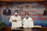 Laksanakan UU Kearsipan, LAN Serahkan 49 Dokumen ke ANRI