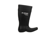 Jumlah Terbatas, Balenciaga Rilis Sepatu Boots Anti air