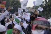 Jelang Kepulangan Habib Rizieq Shihab, Jalan Menuju ke Petamburan Macet