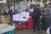 Kedatangan Habib Rizieq Shihab Jadi Berkah Tersendiri Bagi Pedagang Baju Koko dan Kopiah