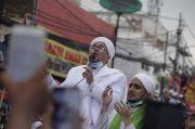 Tiba di Petamburan, Ini Doa Habib Rizieq Shihab di Hadapan Ribuan Umat Islam