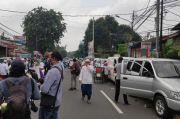 Jamaah Habib Rizieq Shihab Padati Kawasan Petamburan, Ruas Jalan KS Tubun Ditutup Sementara
