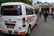 Biaya Operasional Tinggi, Mobil Ambulans Desa Enggan Angkut Pasien COVID-19